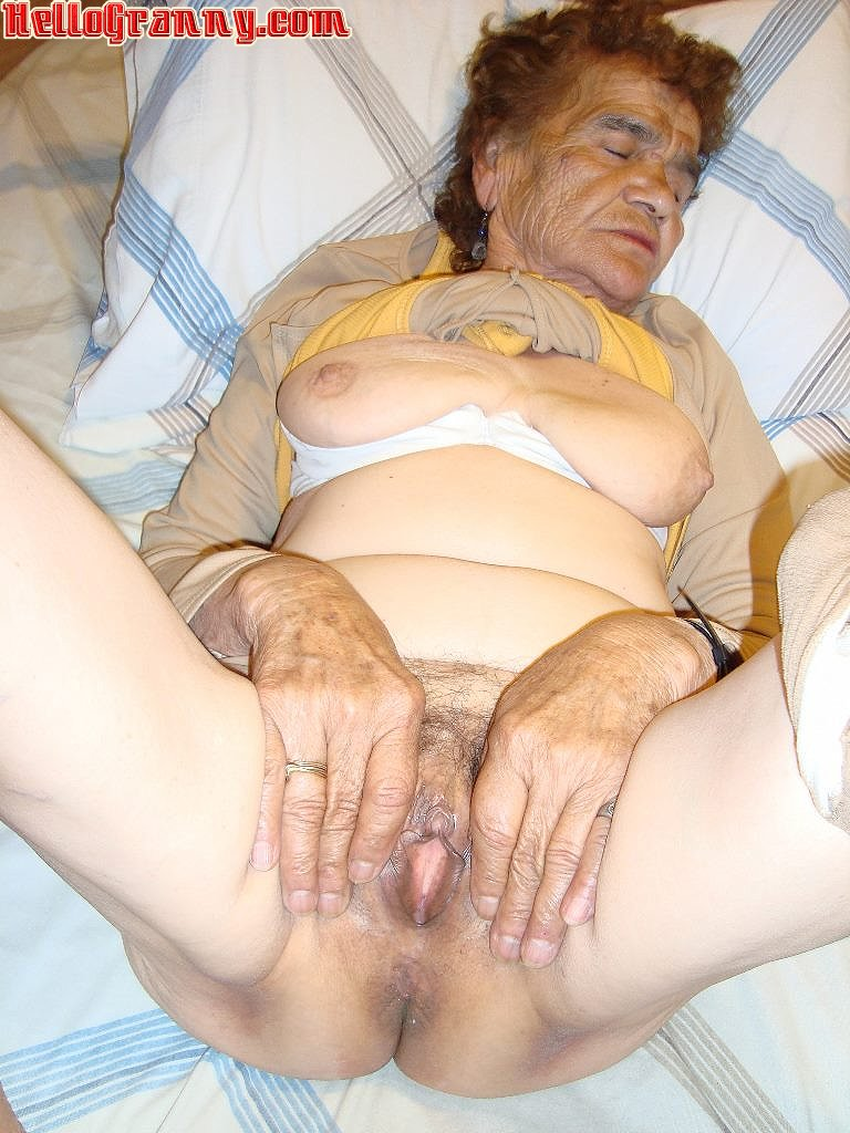 Very Old Pictures, Free Granny Porn