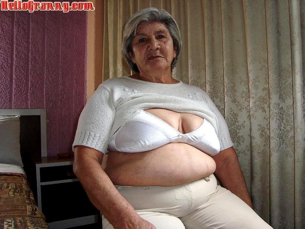 Granny porn free clips interracial