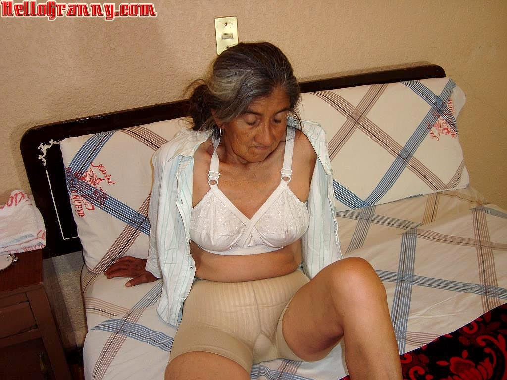 All old granny nude sex sites