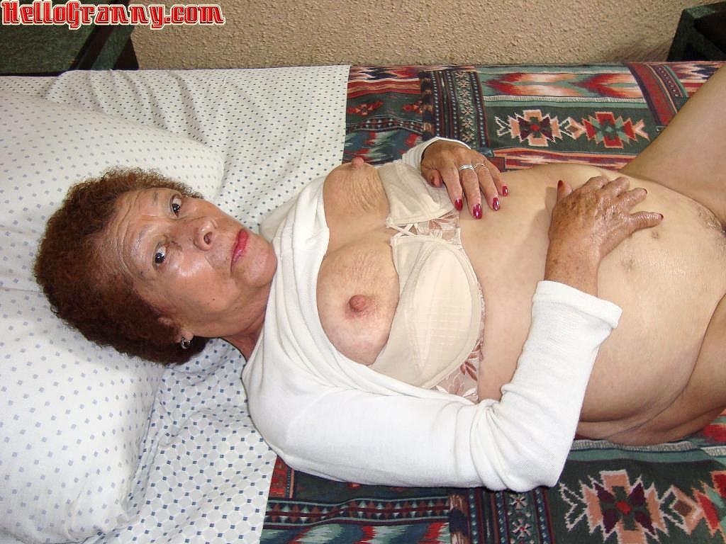 Frau Free granny ass