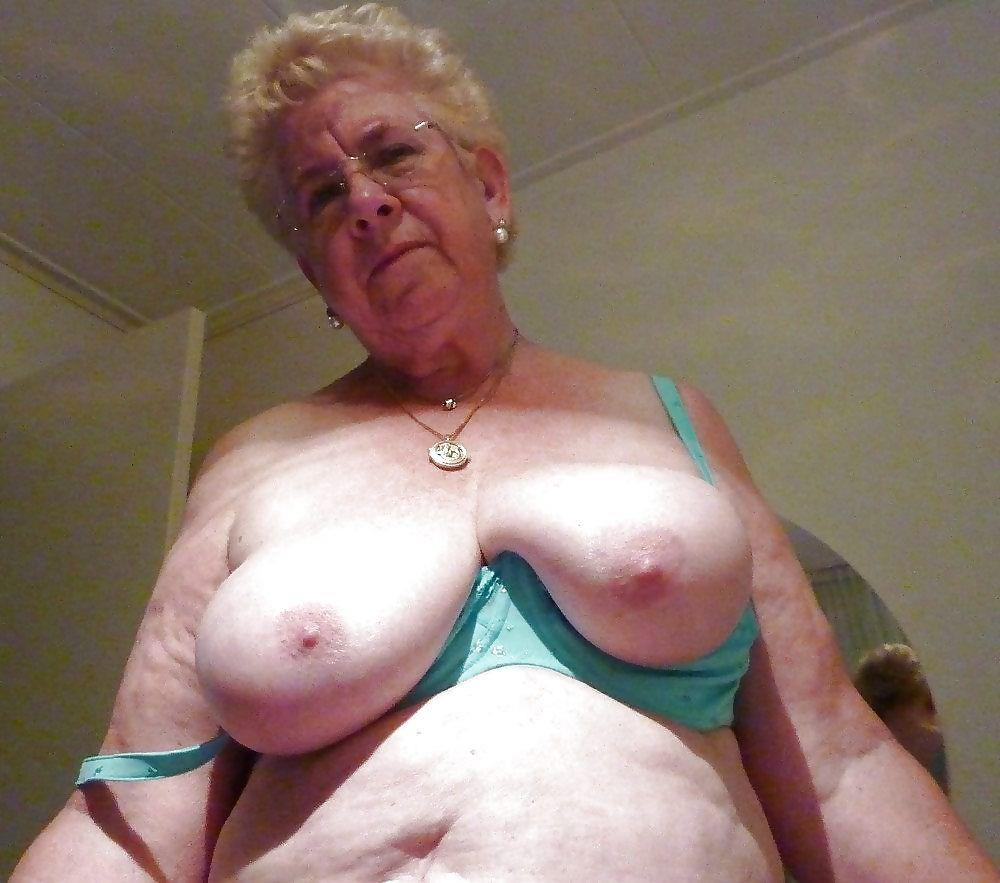 Old grannies boobs free pictures
