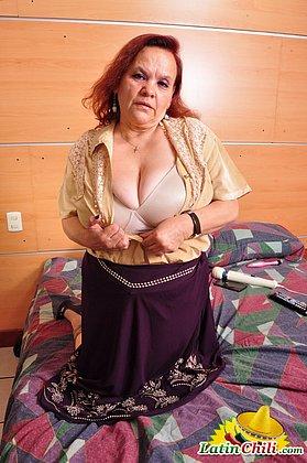 Big and beautiful latin granny Gloria