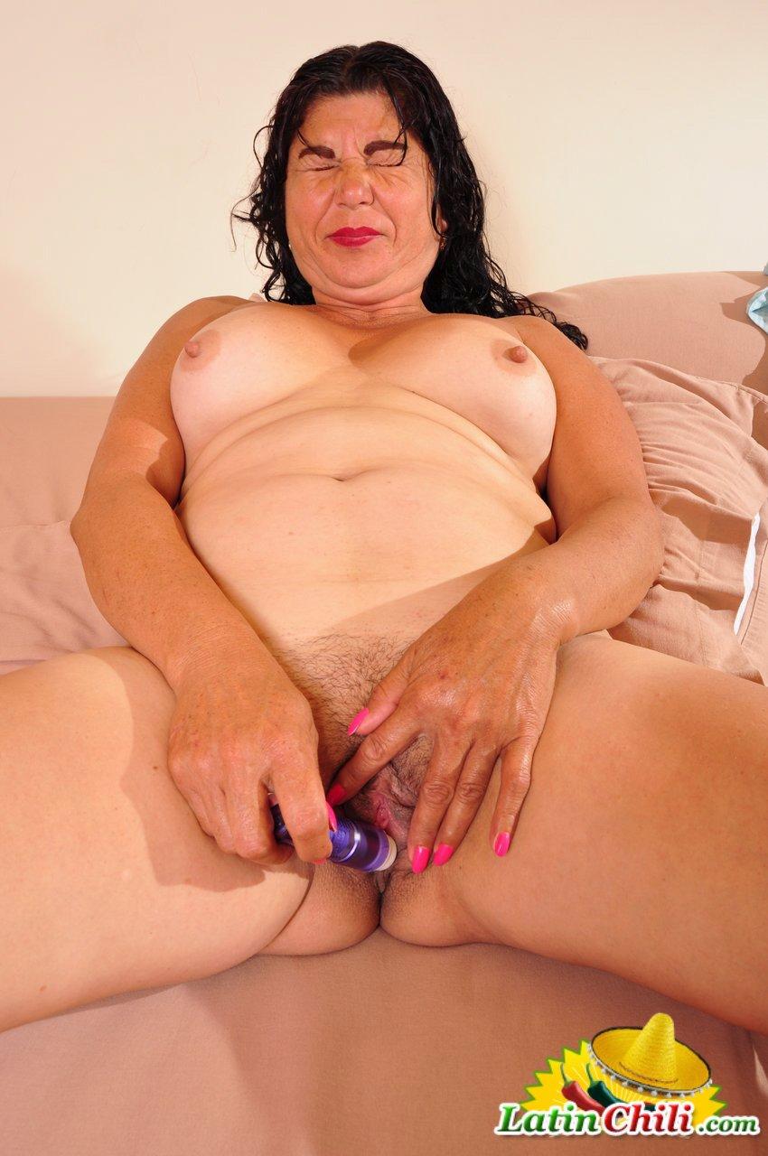 Agedlove bbw latina granny fucks with boy 5