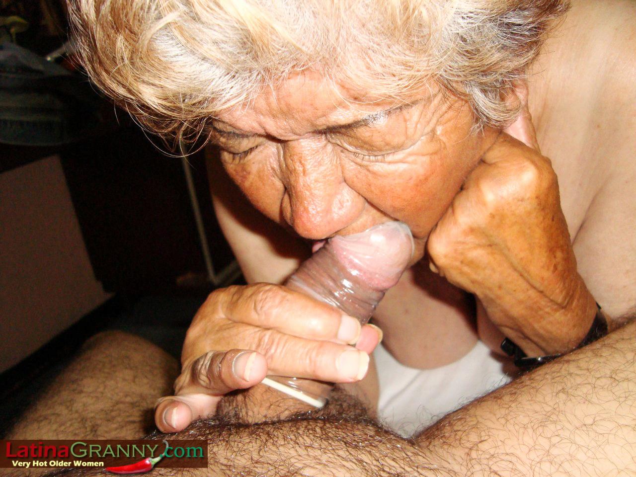 The latina granny sucks just cant