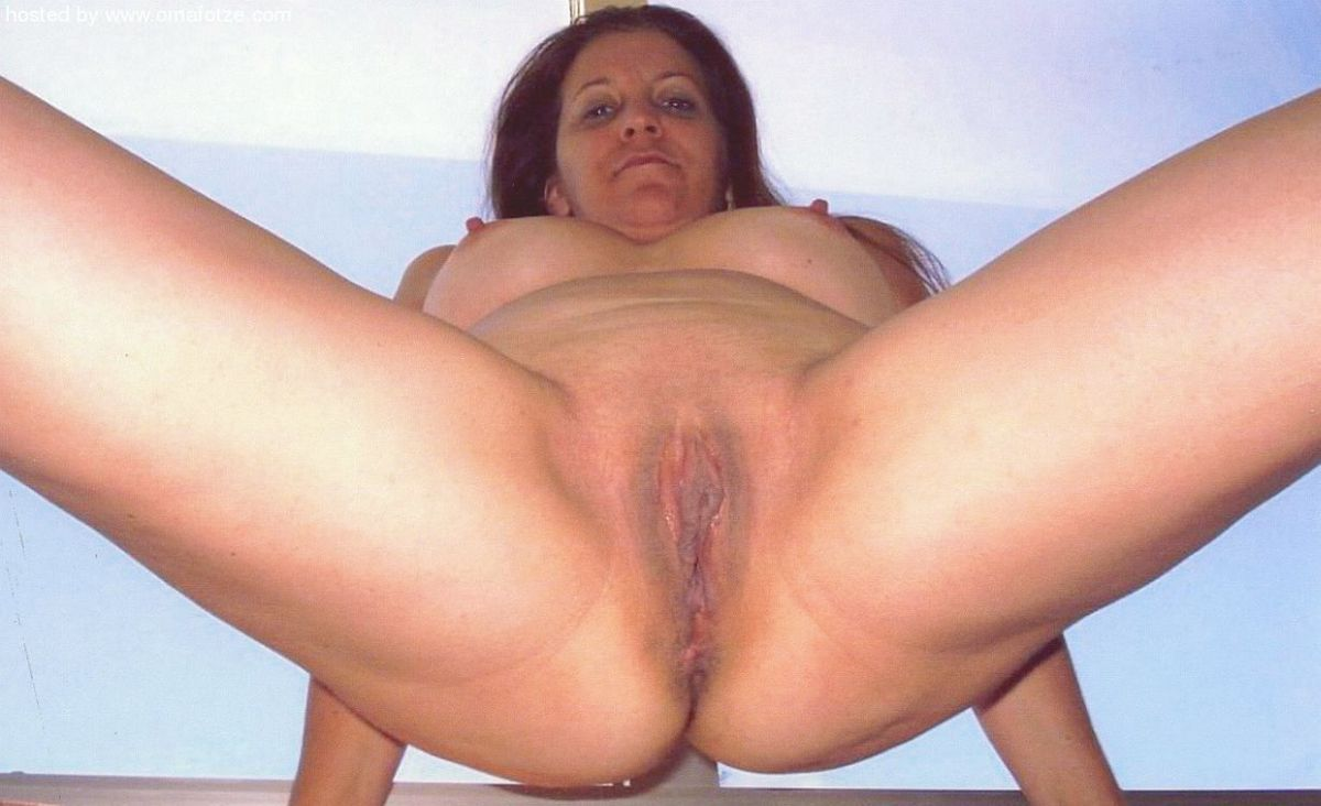 hoes riding dick hard