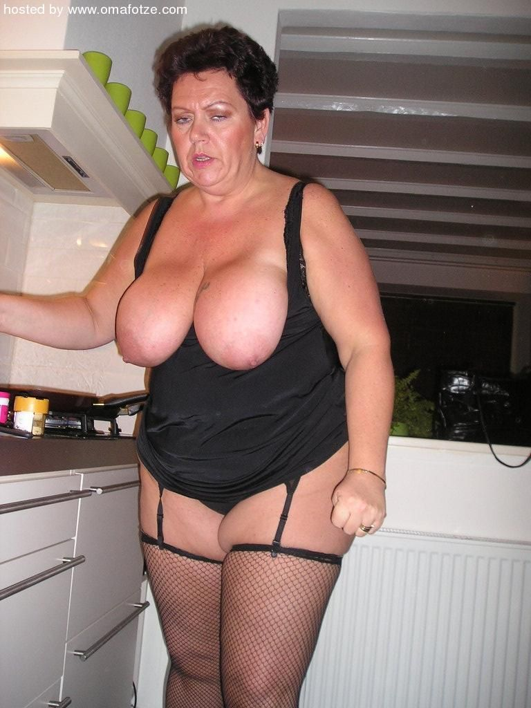 Sexy chubby moms