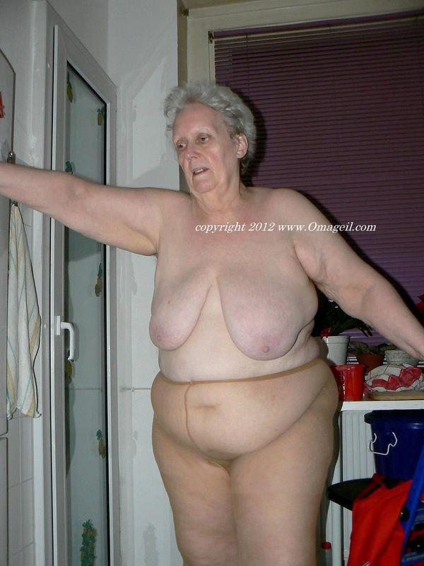 Wrinkled granny sex