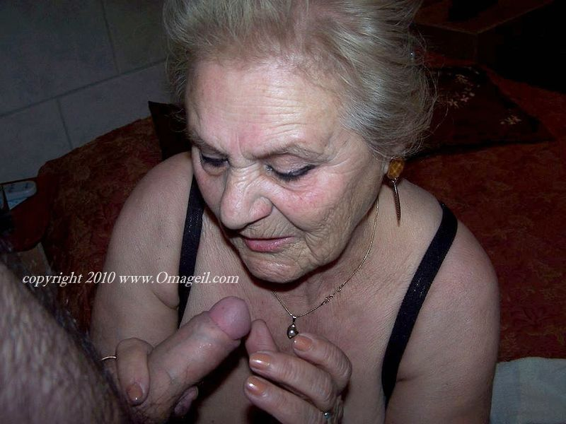 Dripping vagina creampies