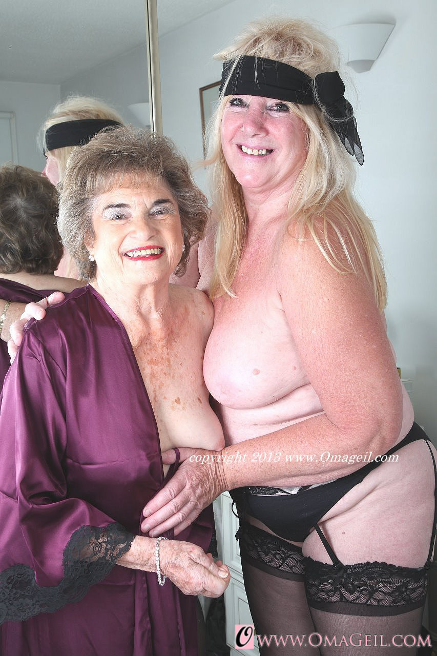 Lesbian grannies kissing and licking each other 2
