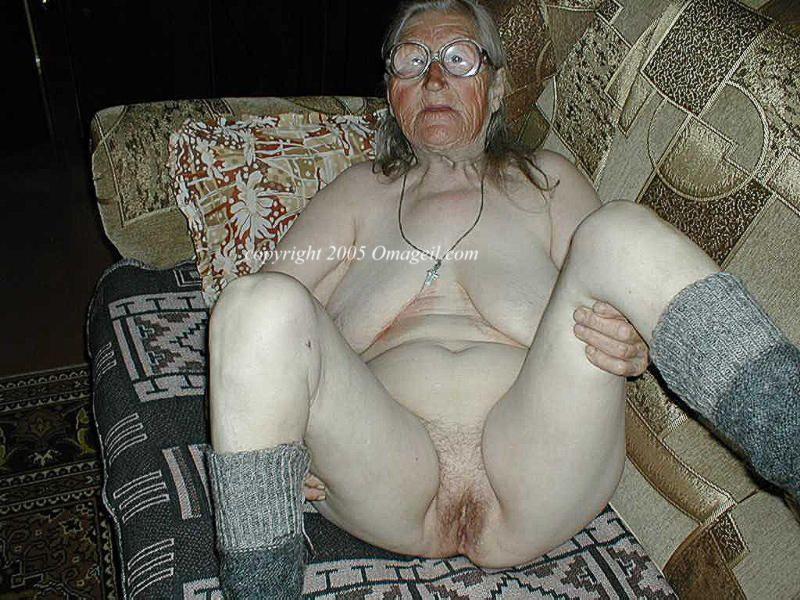 scherzinger topless
