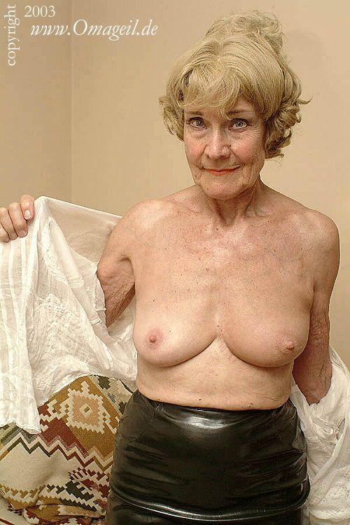 Very old lady tgp