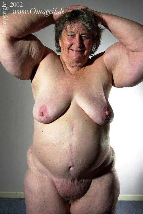 Nude grannies pic