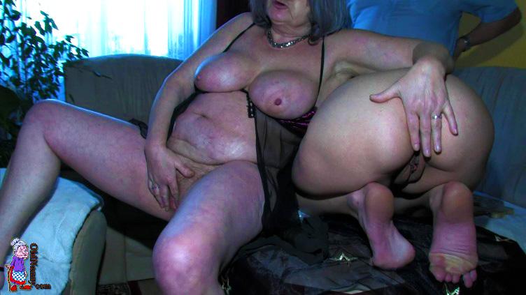 Old Slut Nanny 29