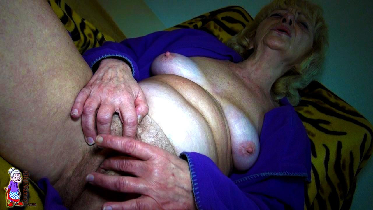 Granny Masturbation Pics And Porn Images
