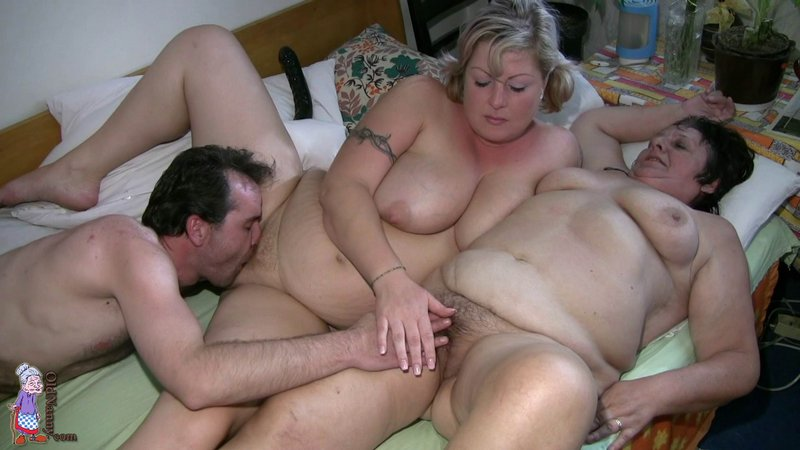 milfs ung sex video