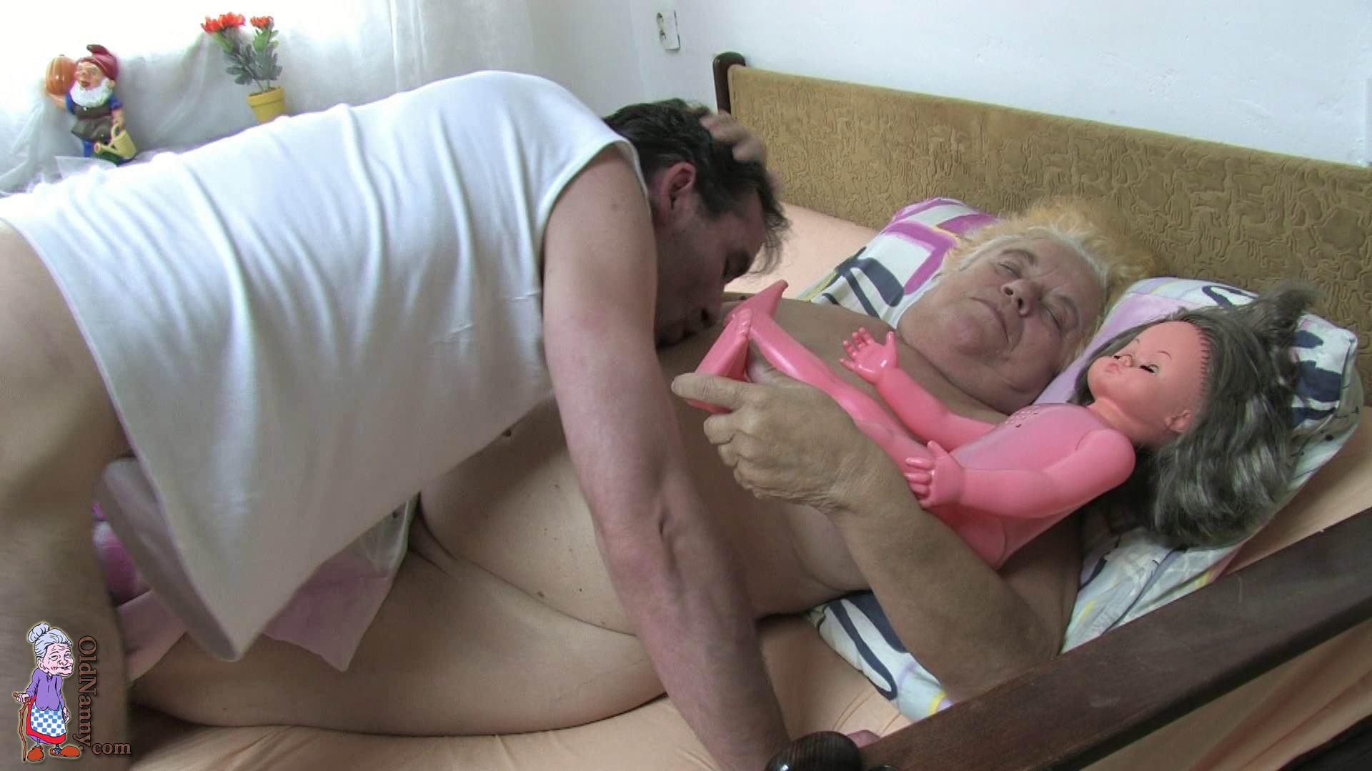 Секс с толстыми мамоми 18 фотография