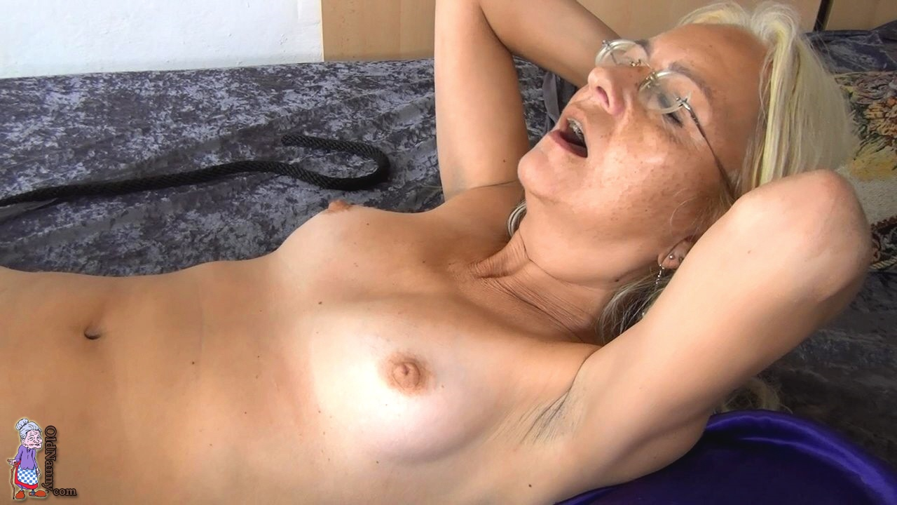 sm sex film luder definition