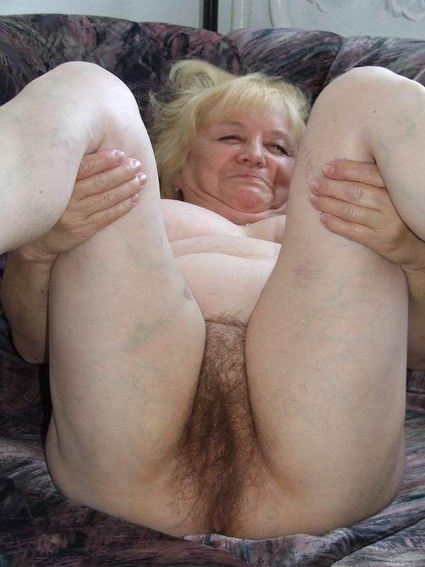 Big big buttock granny naked