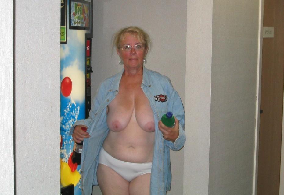 granny-sex-oma
