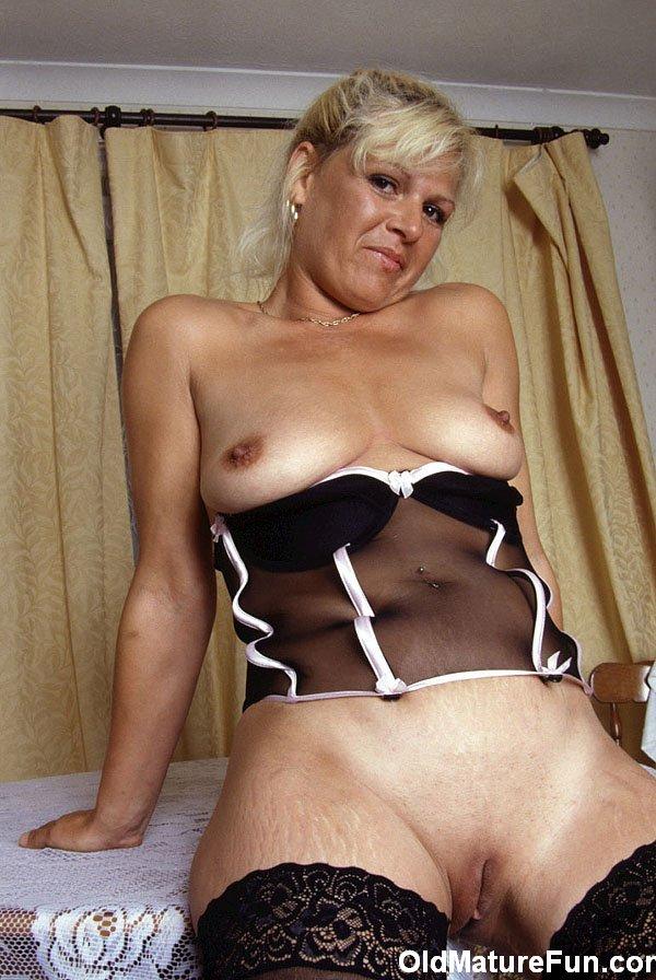 Naked brazilian girls in stockings