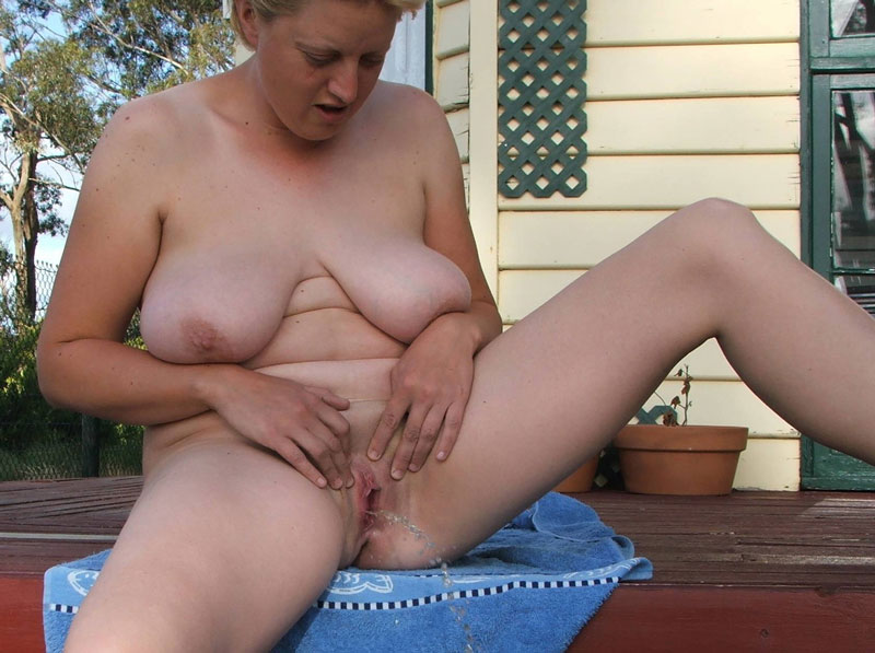 Granny piss picture chubby granny enjoys pissing fuck