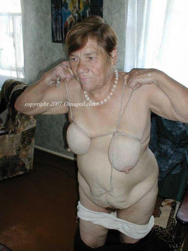 Porn old oma Oma Granny