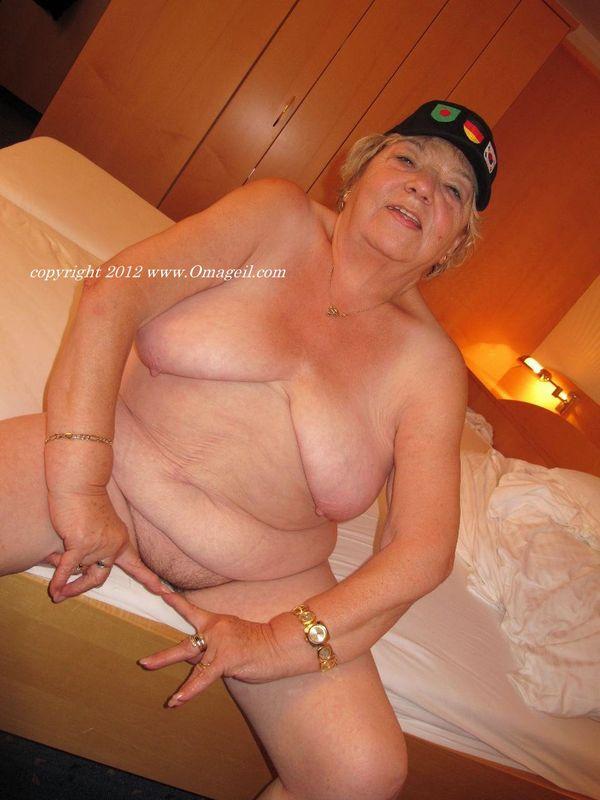 granny post com: