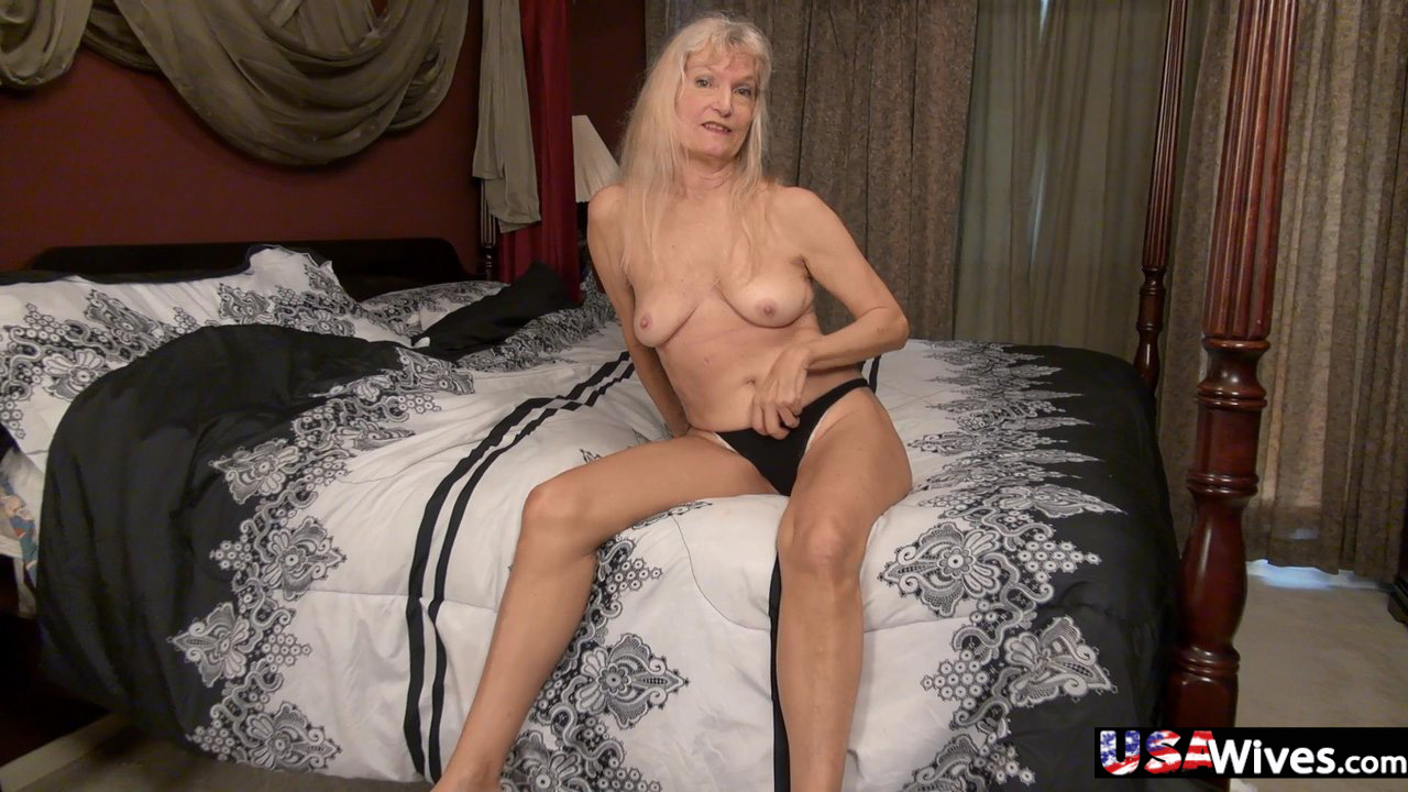 click here and see USA Mature Gallery