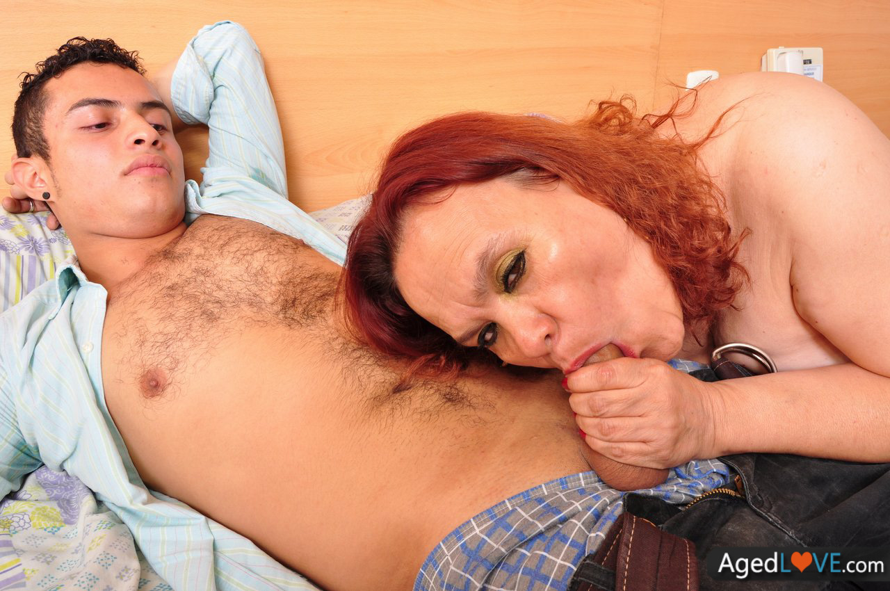 Naughty Gilf Gets Her Big Tits Sucked