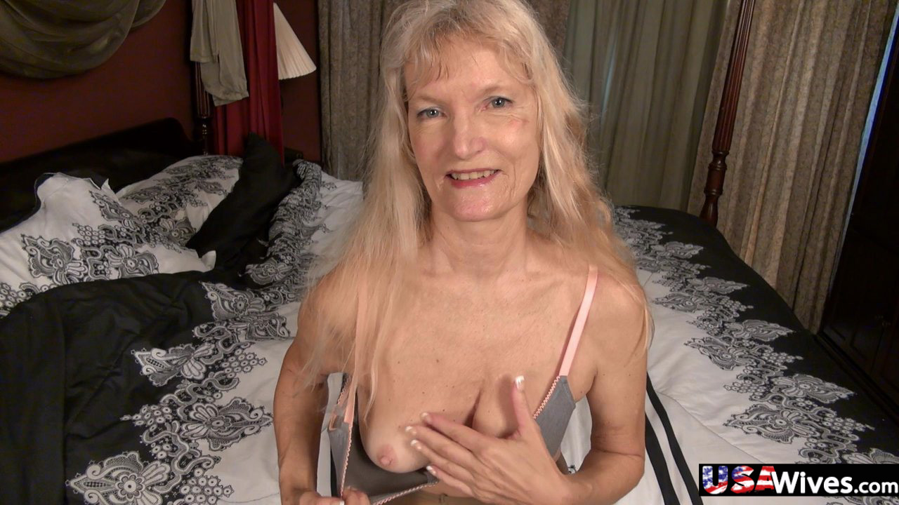 Horny older blonde granny Cindy stripping